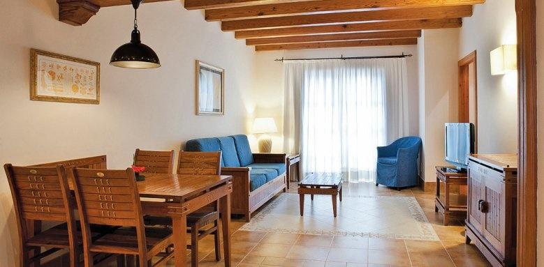 Princesa Yaiza Suite Hotel & Resort, family suite