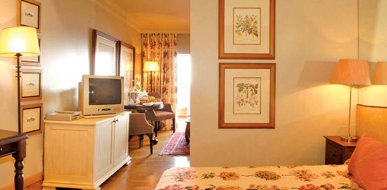 Royal Savoy Resort, Junior Suite