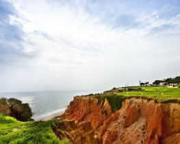 Golf course at Vale do Lobo