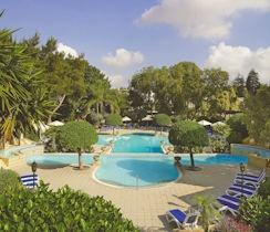 Corinthia Palace pool view, thumbnail